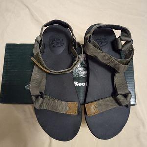 🍄Brand New Roots Tofino Fatigue Treillis Sandal